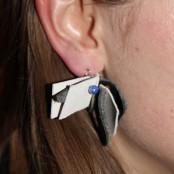 Und sogar Ohrringe wurden gemacht; Foto: MKG