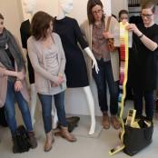 Unglaublich wie viel Farbauswahl die Textilhersteller so an Designer herausschicken; Foto: MKG