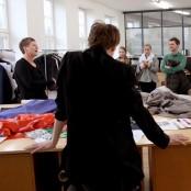Irina interviewt Katharina für uns - bevor dann noch so einige Fragen aus der Gruppe kommen; Foto: MKG