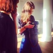 Sehr konzentriert: Melike und Fotografin Ulla beim ersten Besucher-Shooting 2015.
